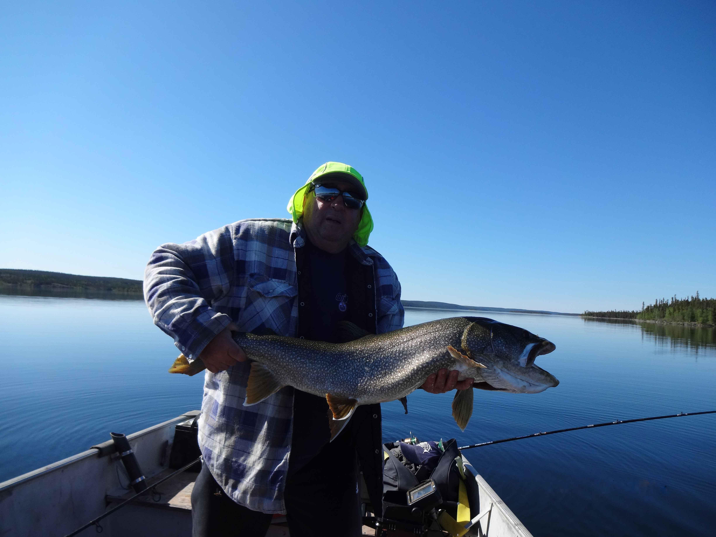 Al_Russel_Nonacho_Lake_Fishing_Camp_Big_Lake_Trout